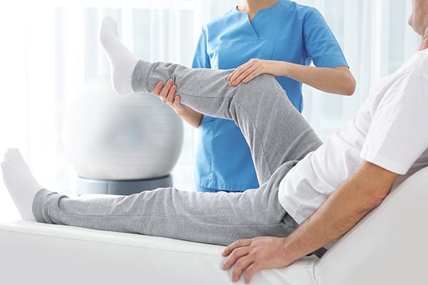 We help your leg and knee physiotherapy at Kitsilano